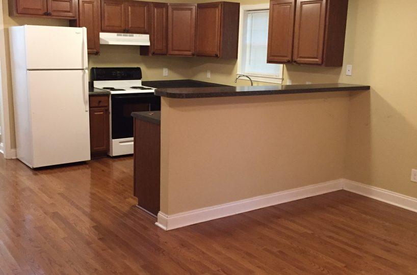 Dunlap Properties 116 Pecan Dr - Kitchen